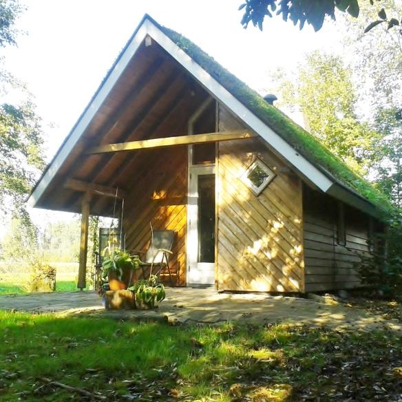 Mooie hutten bij Kampeerbosje Leerdam